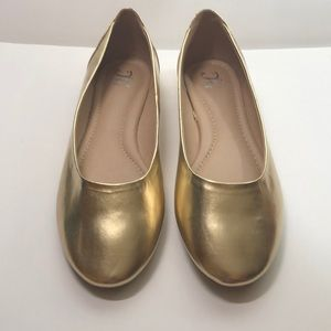 Journee Collection Gold Flats Women's 12
